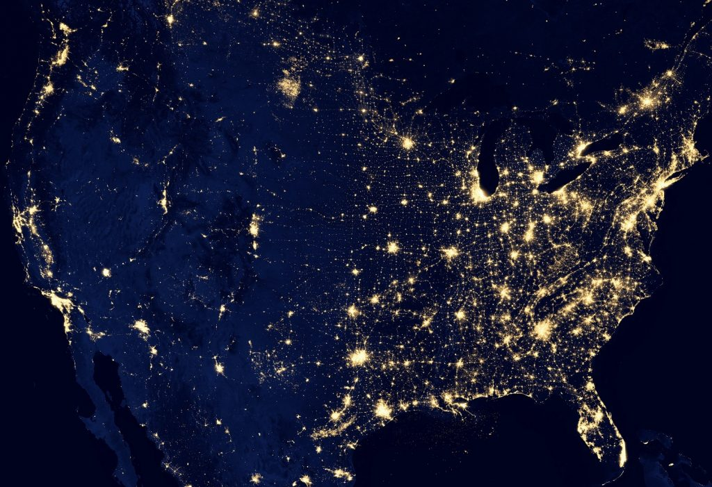 Photo of the USA from space at night